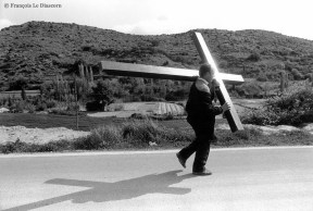 Ref CHRISTUS 20 – Pèlerinage de Tafalla à Ujué, Navarre, Espagne