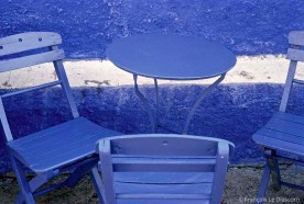 REF GRECE BLEUE 10 – Table bleue, île de Santorin