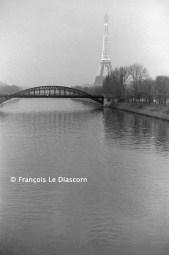 Ref Paris 17 – La Seine et la Tour Eiffel