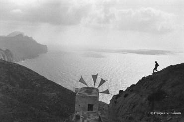 Ref Grèce 19 – Silhouette avec moulin, Olympos, île de Karpathos