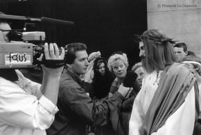 """""""Jésus Superstar"""" - Interview du personnage du Christ avant la procession du Saint-Sang à Bruges © François Le Diascorn"""